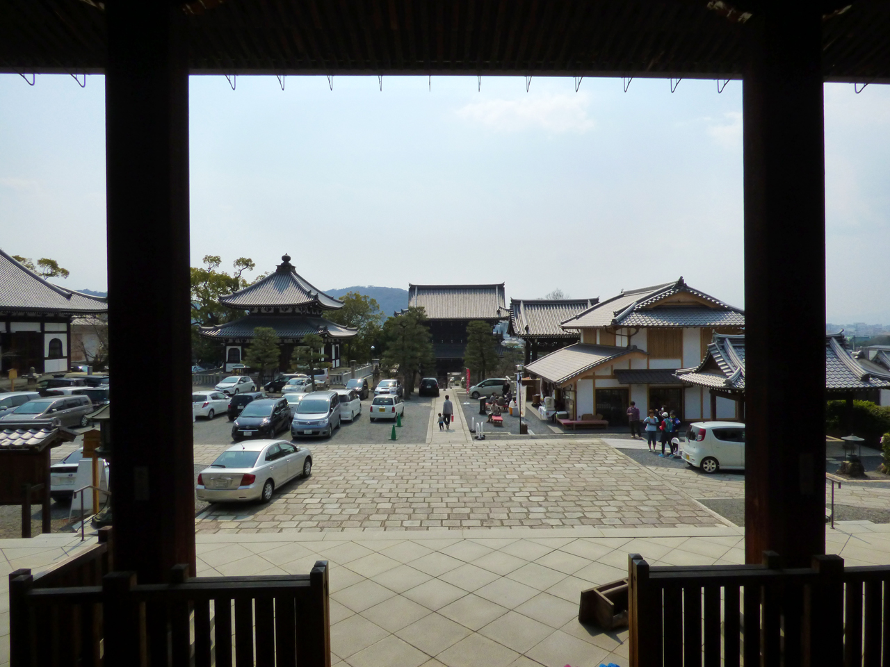 金戒光明寺の境内と駐車場