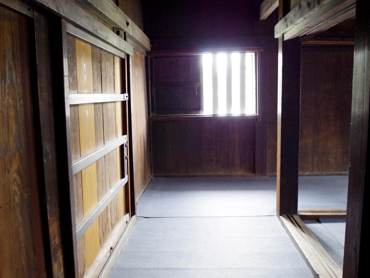 東南隅櫓内部
