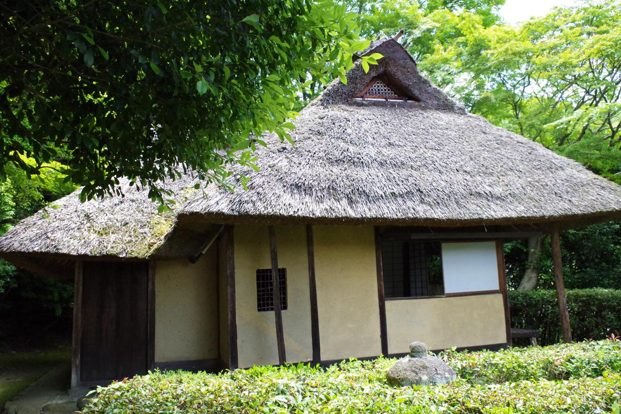 金福寺の芭蕉庵