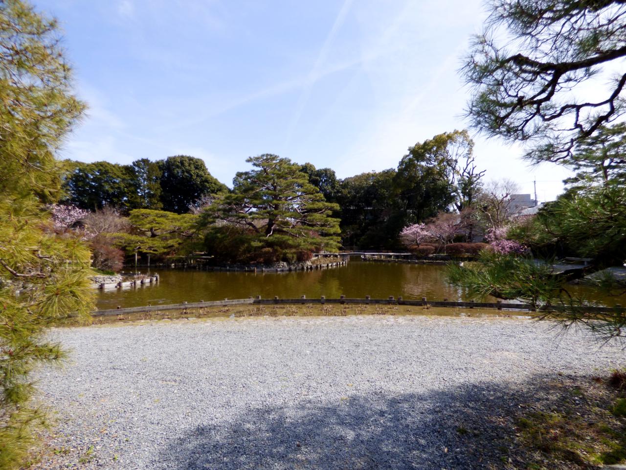 梅宮大社の庭園
