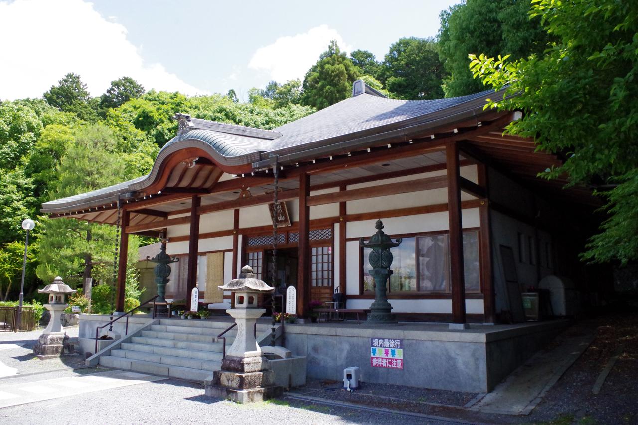 本願寺北山別院の本殿