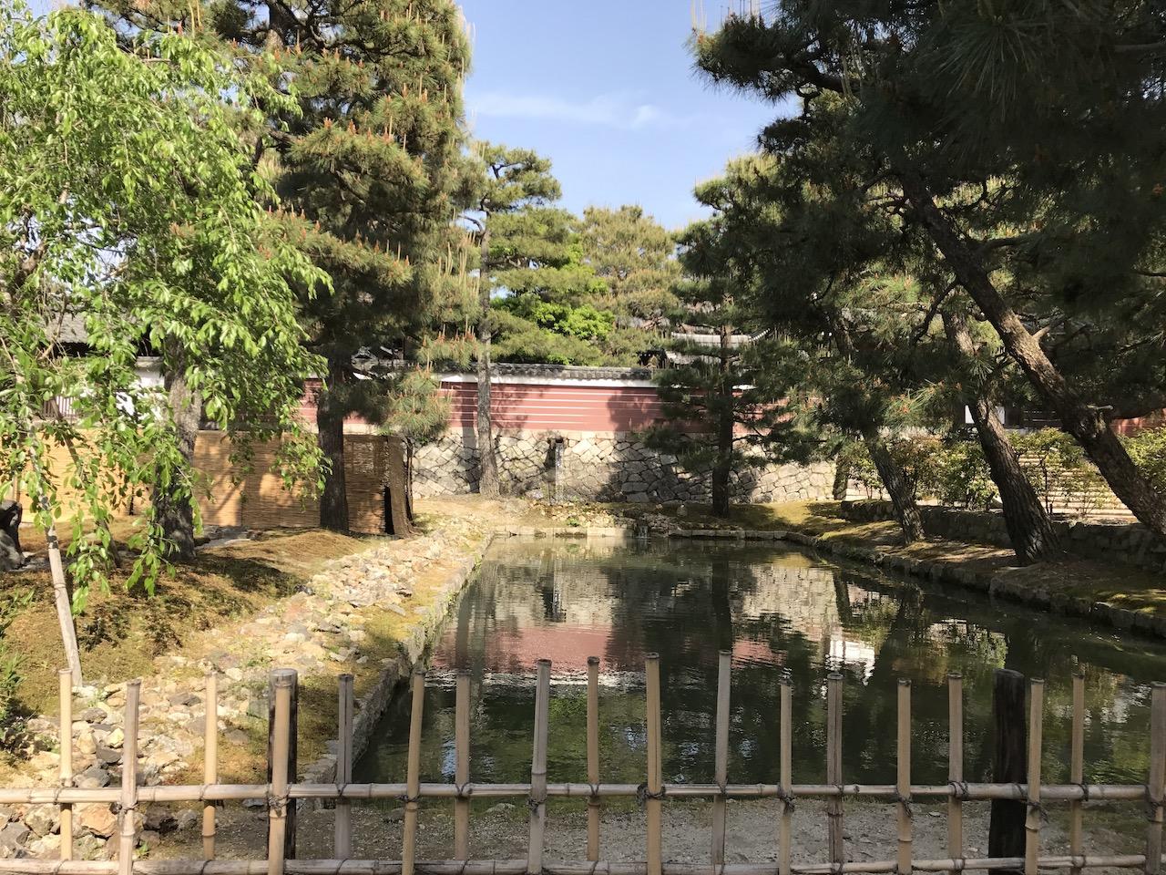 建仁寺の洗鉢池