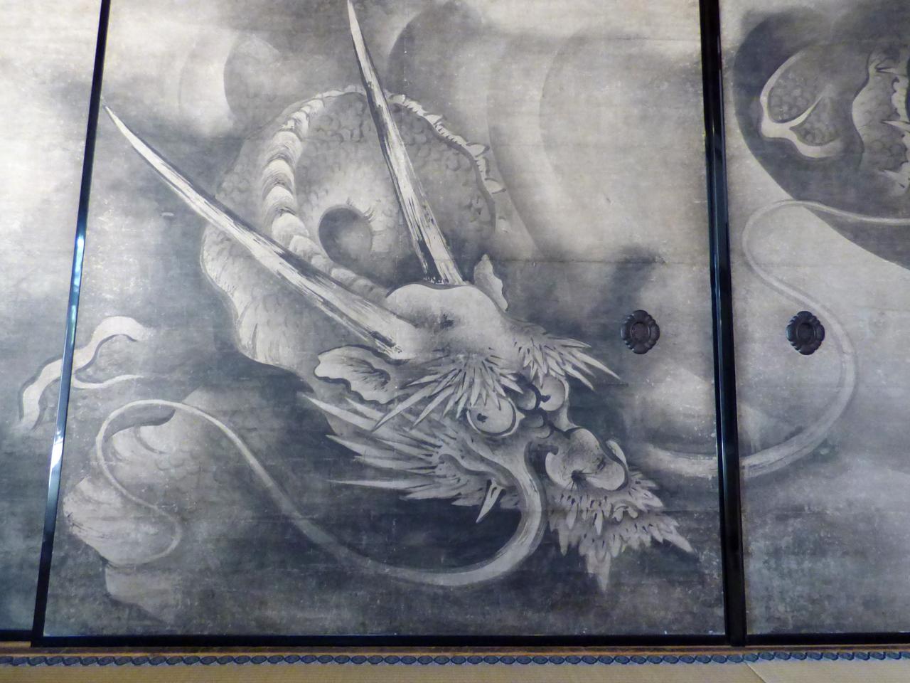 建仁寺の雲龍図襖絵